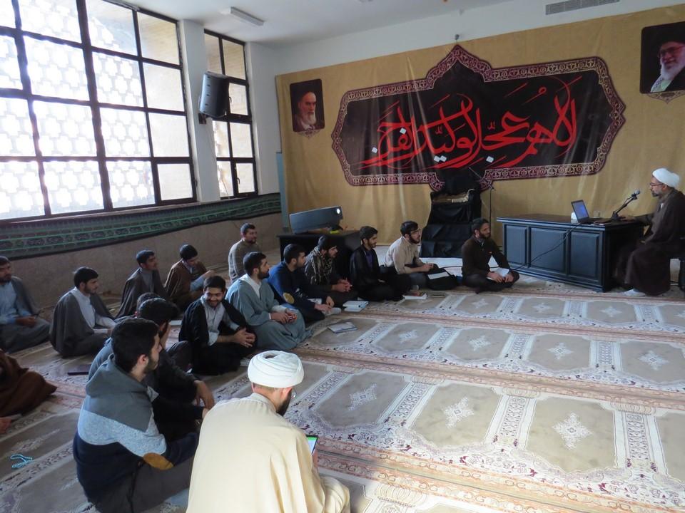 برگزاری طرح طلیعه در مدرسه امام صادق «علیه السلام» پرند
